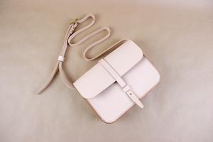 JAPAN LANSUI DESIGN 名入れ対応 ヌメ革手作り手縫い ショルダーバッグ 品番NB9867CC