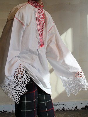 1900's-1910's  Hungarian  embroidery blouse