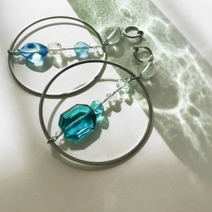 Hoop earrings -large-