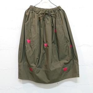 ハート刺繍リップクロスバルーンロングスカート