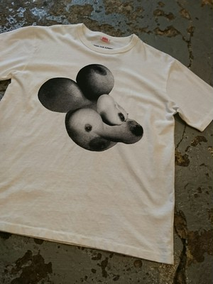 "FROM THE GARRET × Kurry ""TITS MICKEY TEE"""