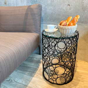 MOUSSE NESTING TABLES(S)