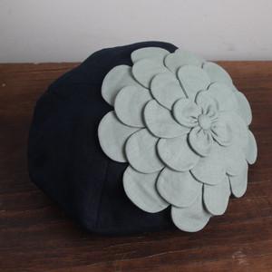 お花ベレー/ネイビーにモスグリーンのお花 NO.950