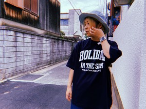 NO ALOHA NO LIFE HOLIDAY IN THE SUN big silhouette T-shirts/ col.navy