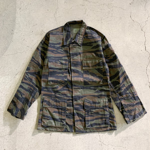 """DEADSTOCK"" US(米軍) Tiger Stripe Camo Combat Jacket"