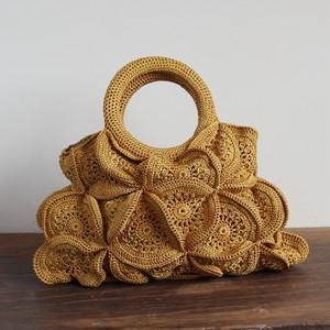 Crea fortuneのモチーフ編みバッグ/カラシ