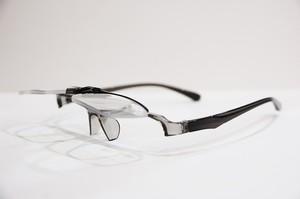 ワンタッチでレンズを跳ね上げできる老眼鏡!! 跳ね上げ式既成老眼鏡 FLIP-UP