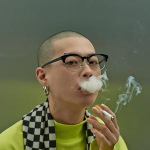 Double Lovers_cigarette_black silver