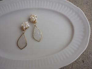 vintage pearl shell earrings