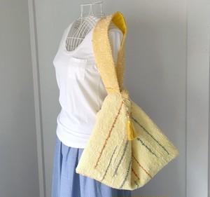 ちょっと大きな巾着にもなる手織りバッグ with Tassel charm