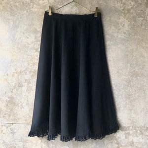 lace frill skirt / black