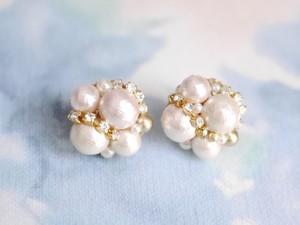 Random Pearls