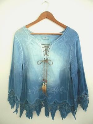 ◆100%自然素材 天然灰汁発酵建て 本藍染◆ 美し~いニュアンス染め 総刺繍&裾レーストップス