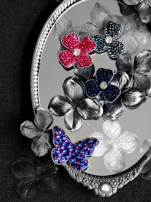 【Brooch】butterfly&twoflowers blue&pink color