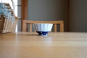 砥部焼/お茶碗(小)/点線と水玉/皐月窯
