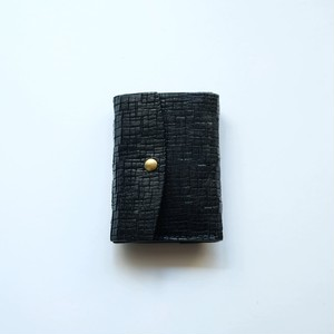 tri-fold wallet - bk - crack
