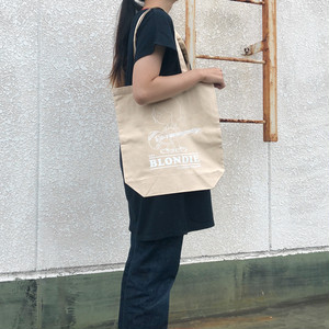 NOBUO MODEL TOTEBAG/THE BLONDIE PLASTIC WAGON