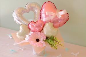 結婚式やお誕生日のお祝いに卓上バルーンギフトA(バルーンアレンジ) 送料込み 引き取りの場合4,300円