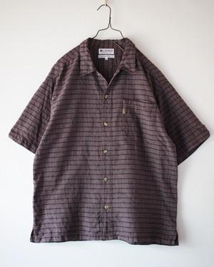 "90s- ""Columbia cotton100% short sleeve shirt  L"