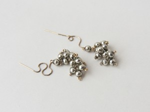 reflected in the mirror【pierce/earring】