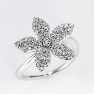 Starflower K18WG Diamond Ring (ダイヤモンド リング)