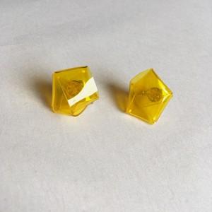 knot earrings -yellow-(イヤリング)
