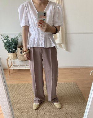 puffsleeve tuck blouse