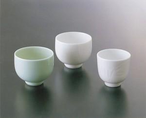 No.81,No.82【井上萬二窯作】ぐい吞(白磁、青白磁)