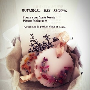 botanical wax sachets