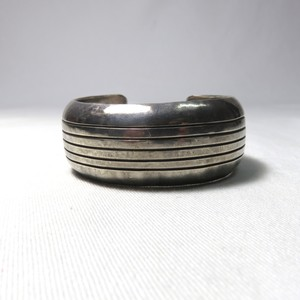 "OLD INDIAN STERLING SILVER BANGLE ""NAVAJO"" (B-1)"