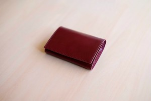 PLAY WALLET - LEATHER:VONOANILINE [DEEPWINE]