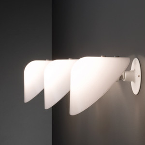 WALL LAMP MINI VIP V025(ラージ) 【カラー:ホワイト/ブラック/ホワイト・オパール/ブラック・オパール】Jorgen Gammelgaard/PANDUL