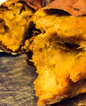 【芋屋tata✖️ウスキング】芋屋tataの焼き芋入りベーゴー