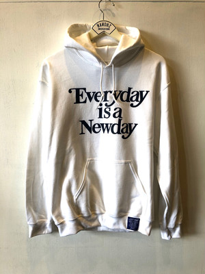 "2018 A/W ""SUG""""Everyday is a Newday""フードパーカー"