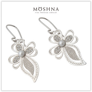 【MOSHNA:モシュナ】SILVER EARRING SPARKLING LEAVES