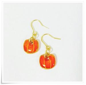 かぼちゃの揺れるピアス(オレンジ)