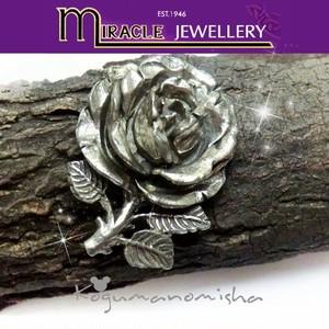 英国 MIRACLE ★美しい薔薇 イングリッシュローズ ピューター彫金 ヴィンテージ ブローチ 1950s 薔薇 ミラクル