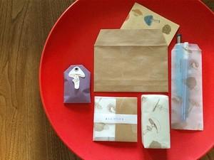 =nemunoki paper item= 白キノコのラッピングペーパー