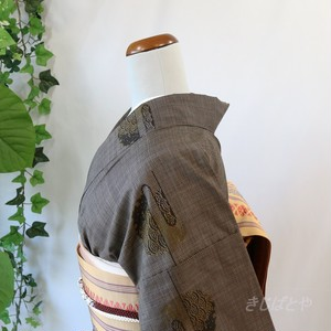 大島紬 焦げ茶に飛び青海波の小紋 袷