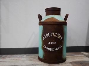 グランハミルク缶