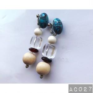 AC027 ビンテージビーズイヤリング