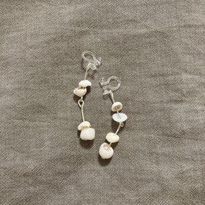 White Shell small earring