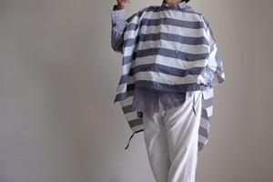 2way ポンチョ コート / ワイドスクエアー プルオーバー / ポリエステル 【ボーダー 白とネイビーシャンブレー 】ボートネック サイドスリット 裾バルーン  / poncho coat wide square pullover / polyester【 striped pattern / white & navy blue 】boat neck side slit balloon