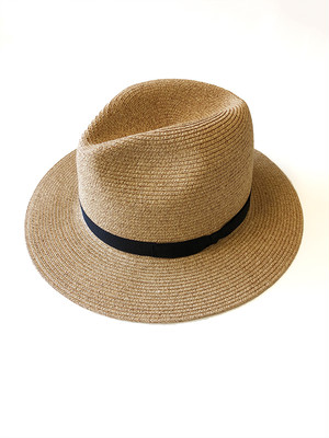 Hat beige / Chapeaugraphy