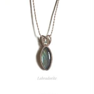 ラブラドライト macrame necklace