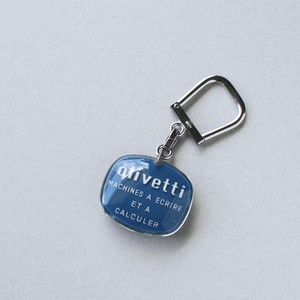 ヴィンテージキーホルダー Olivetti オリベッティー フランス ブルボン