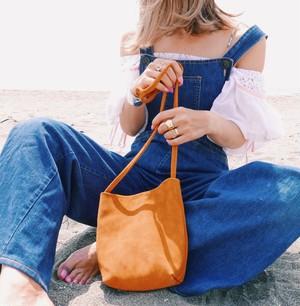 shoulderbag 〈brown〉