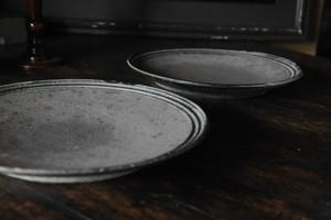 0393 沖誠 8寸皿 緑・炭化