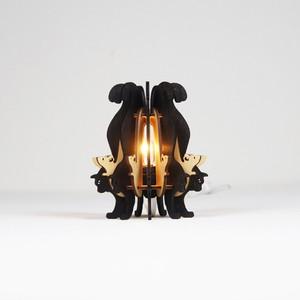 「黒ねこと白ねずみ」木製フロアランプ