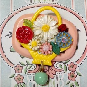 836 花かご ブローチ(帯留め)